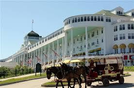Mackinac_hotel